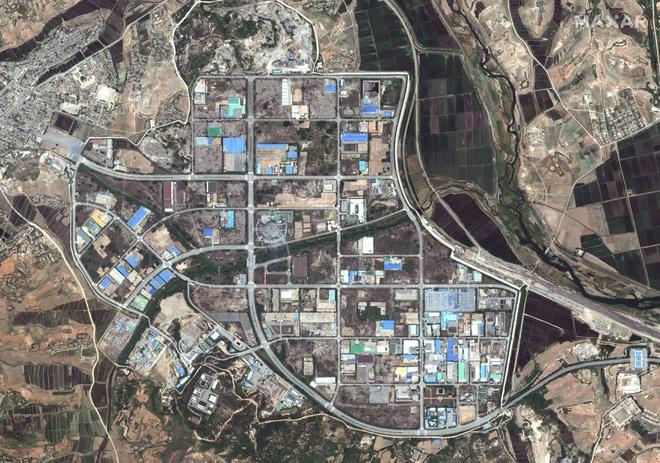 Văn phòng liên lạc của nam bắc Triều Tiên vẫn thấy trên ảnh vệ tinh