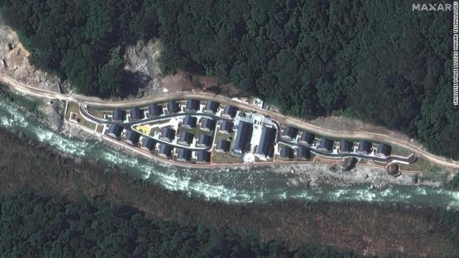 Ảnh vệ tinh: Trung Quốc xây công trình mới trên dãy Himalaya
