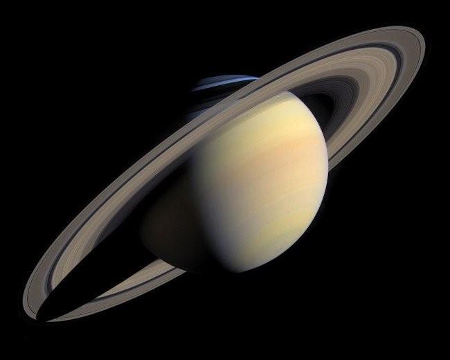Sao Thổ trong hệ mặt trời và đặc điểm cấu tạo ngôi sao này